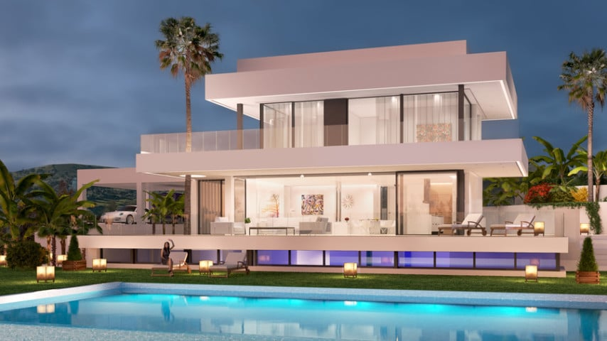 Luxury Amapura Villa, Located Along the Golden Mile, Near Marbella