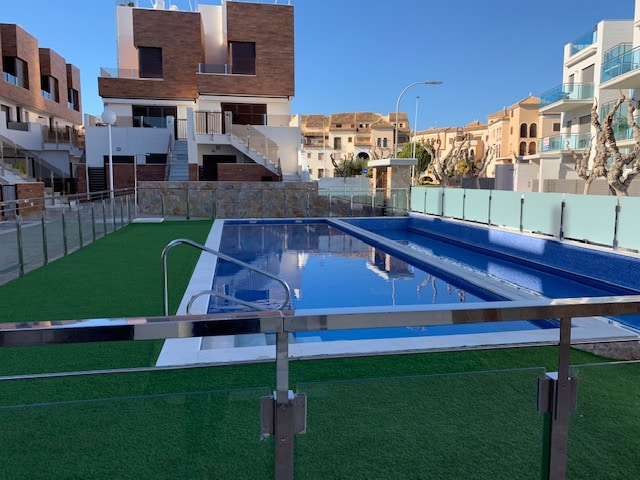 Brand New Ground Floor Beach Apartment Los Alcazares