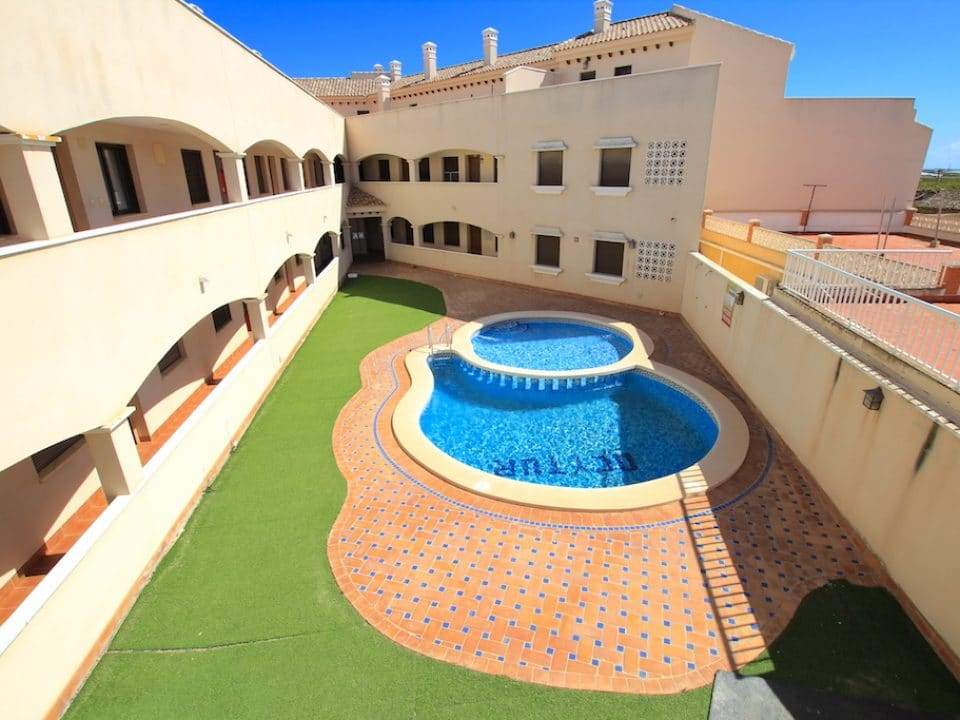 San Cayetano 3 Bedroom Penthouse Apartment 9