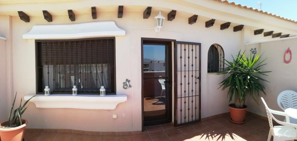 Olivia Dos Penthouse Apartment – San Cayetano