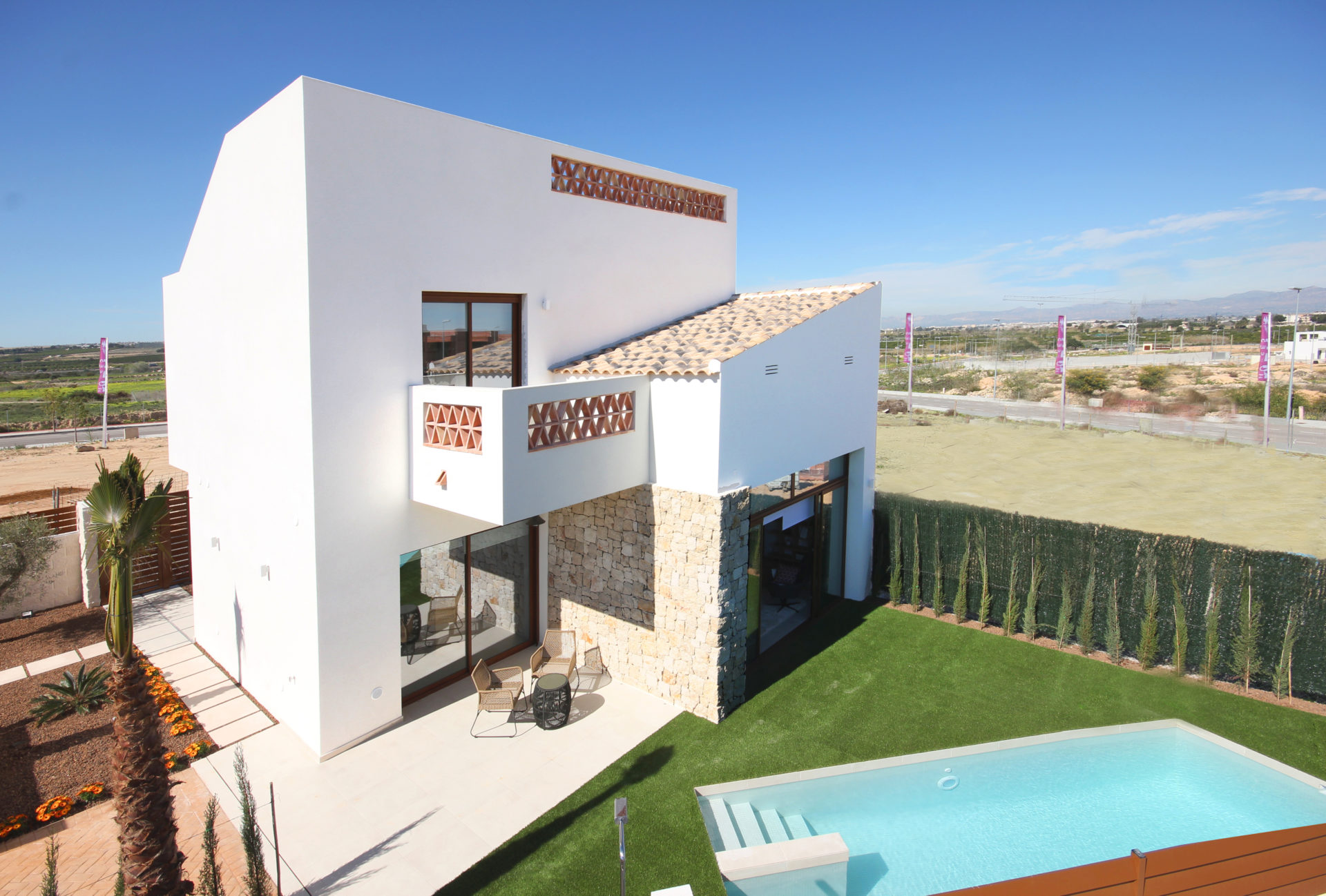 3 Bedroom Luxury Villa – Benijofar 4
