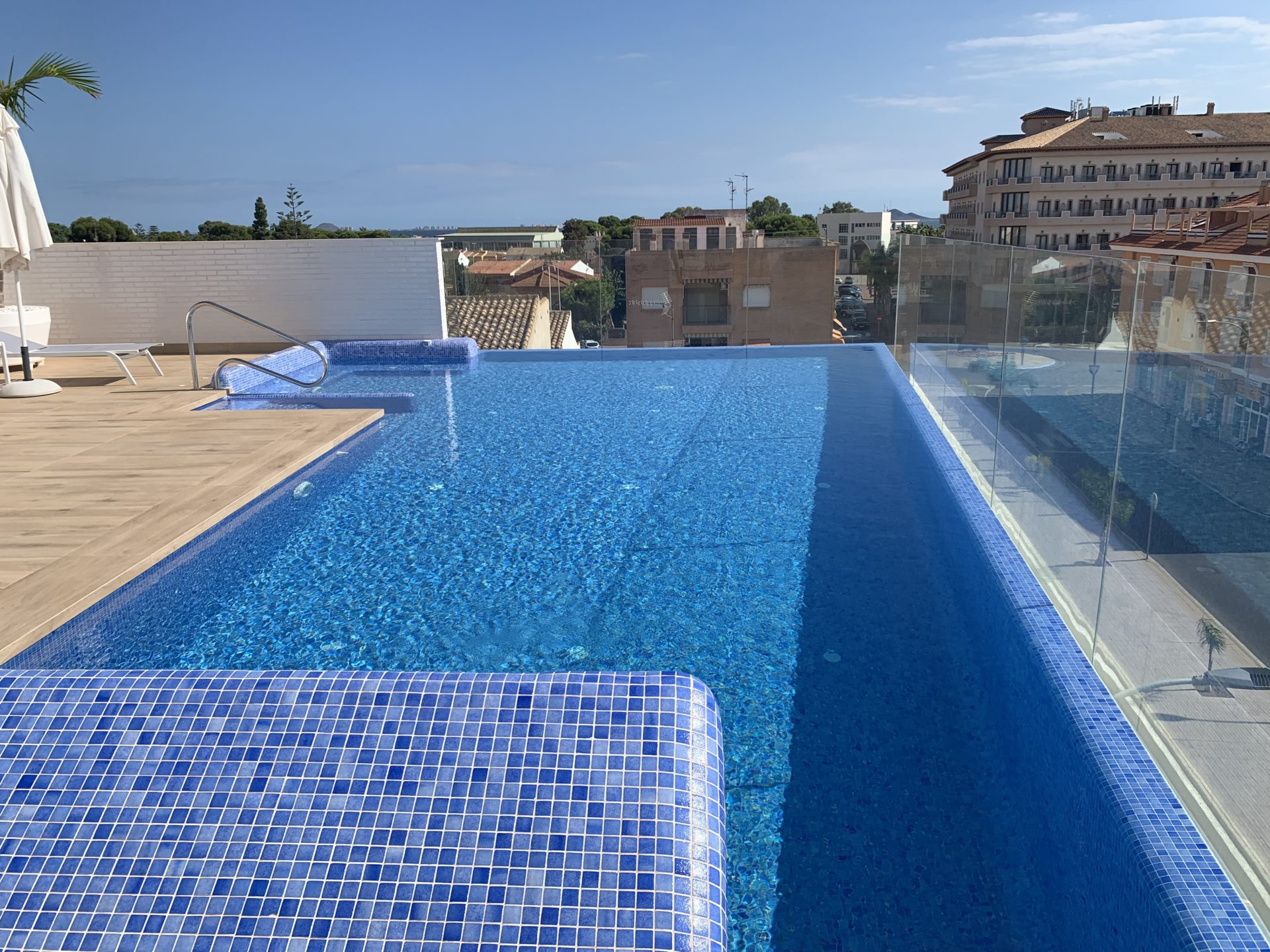 BRAND NEW APARTMENT WITH ROOF TOP POOL